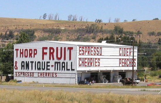 ‪Thorp Fruit & Antique Mall‬