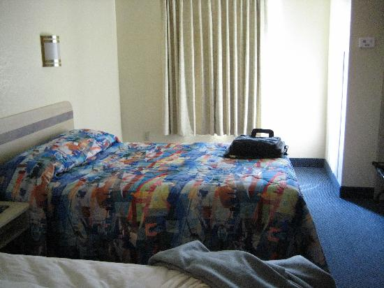 Motel 6 Bristol: The bedroom