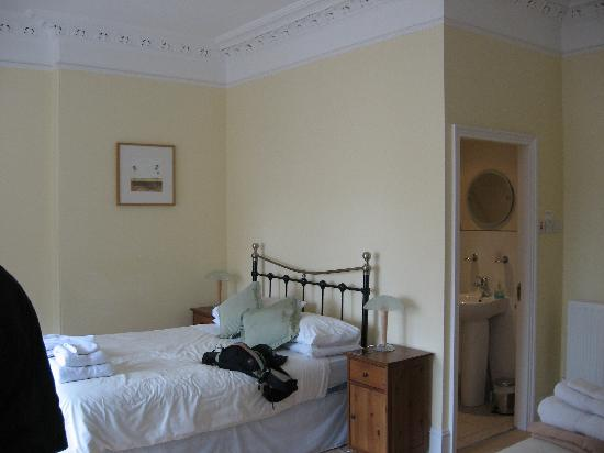 Nethan Guest House: Room interior