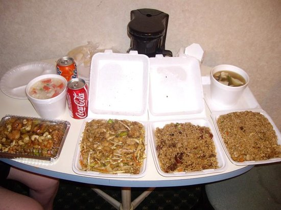 LAX South Travelodge: Lots of yummy chinese food recommended by the hotel