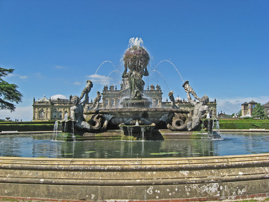 ยอร์ค, UK: Castle Howard (Atlas fountain), North Yorkshire, England