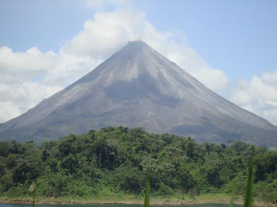 Lake Arenal: Arenal volcano, Costa Rica