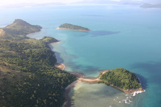 Whitsunday Islands, Australia: Helicopter to Whitehaven