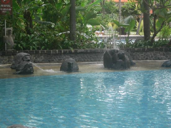 The Laguna, a Luxury Collection Resort & Spa: Part of the pool