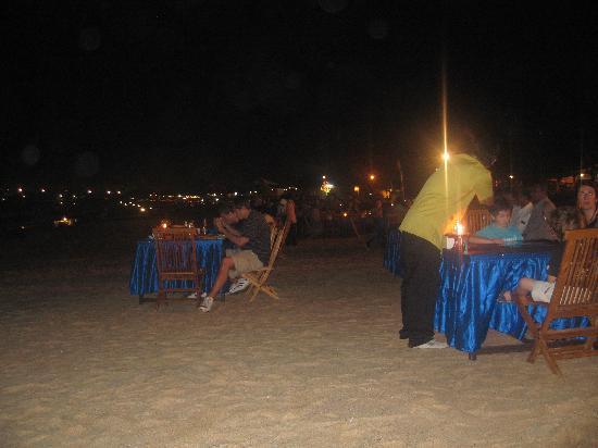 The Laguna, a Luxury Collection Resort & Spa: Jimbaran bay - Dinner on the beach