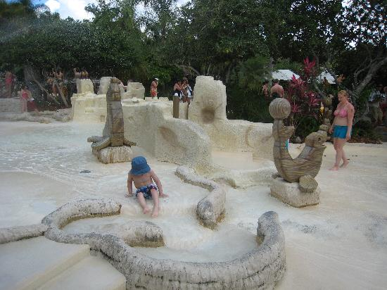 bb509cf87a9f9 kids' area - Picture of Disney's Typhoon Lagoon Water Park, Orlando ...