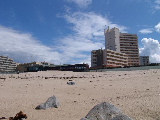 Axis Vermar Conference & Beach Hotel: Hotel vom Meer
