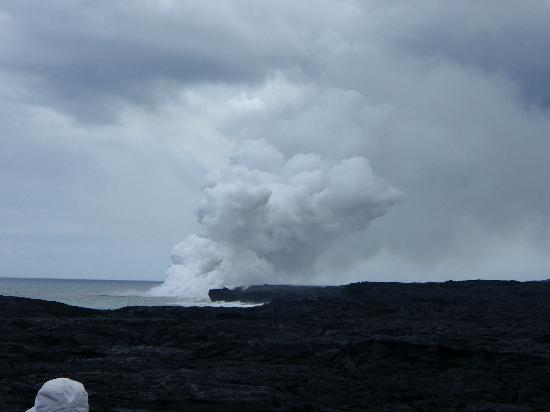 Vavoom Volcano Tours: steam from the lava at sea level