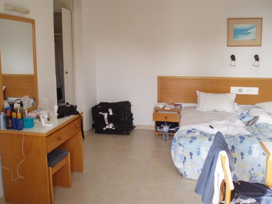 apartment - Picture of Alva Hotel Apartments, Protaras ...