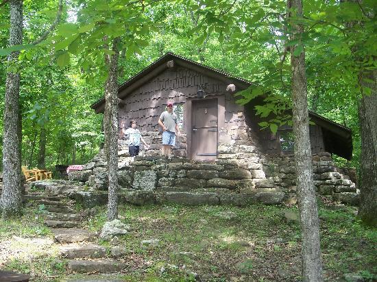 cabin 17 picture of devil 39 s den state park west fork