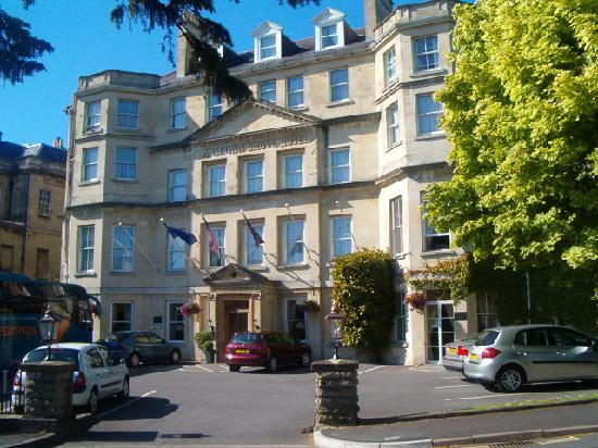 The Lansdown Grove Hotel: The hotel front