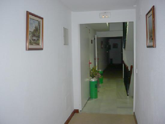 Hotel Serit: CORRIDOR 2ND FLOOR