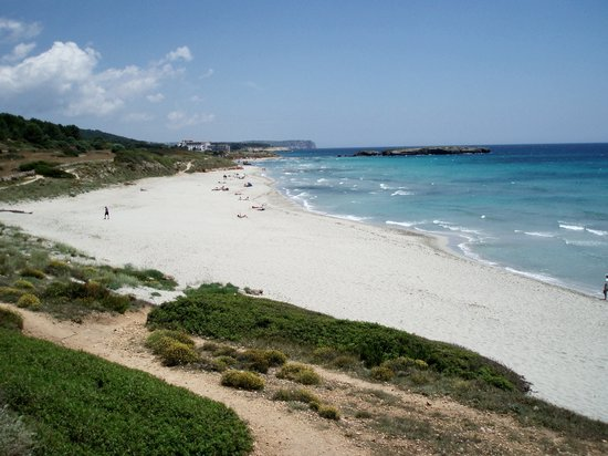Santo Tomas, Spain: Wonderful Beach - 15 Minutes Walk