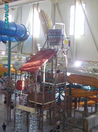 Great Wolf Lodge: The Bucket