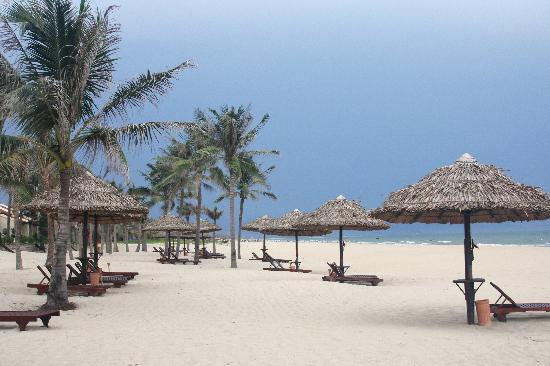 Victoria Hoi An Beach Resort & Spa: Victoria Hoi An -- Private Beach