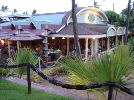 Mama 39 s fish house picture of mama 39 s fish house paia for Fish house maui