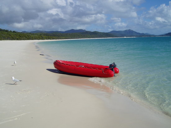 Whitehaven Beach: A Tranquil Paradise