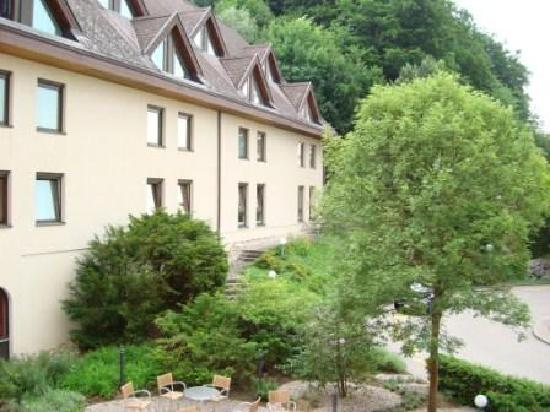 Movenpick Hotel Egerkingen: hotel is in the nature