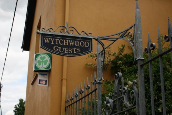 Wytchwood B&B: front