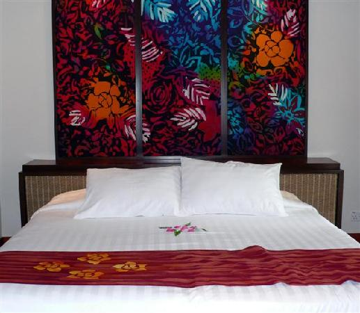 Club Med Cherating Beach : double bed in deluxe sea facing room