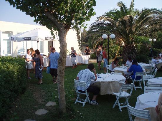 Niforeika Beach: Abendessen einmal anders