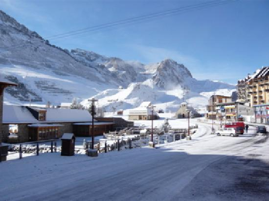 La Mongie - early season snow fall