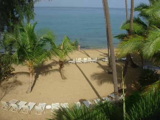 Rincon of the Seas Grand Caribbean Hotel: Beautiful sunsets, but small beach area