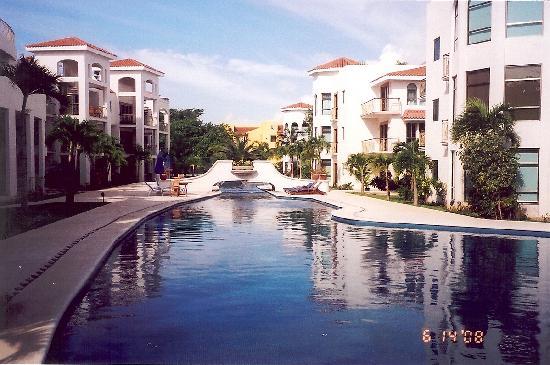 Encanto Paseo del Sol: Pool at Paseo del Sol