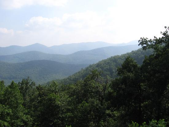 写真Ash Grove Mountain Cabins & Camping枚