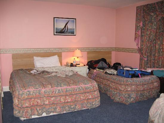 Balcony House Bed & Breakfast: Triple room