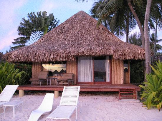 InterContinental Bora Bora Le Moana Resort: Beach bungalow