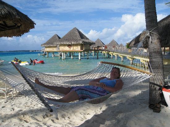 InterContinental Bora Bora Le Moana Resort: Hammock heaven
