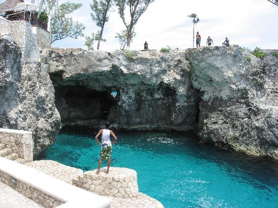 The Gloucestershire Hotel: Rick's Cafe in Negril...a day trip