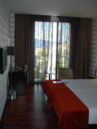 Hotel Zenit Pamplona : Room
