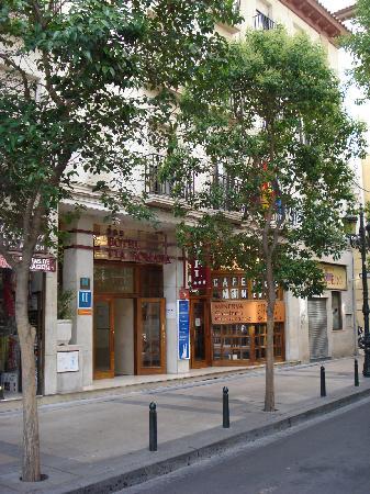 Hotel Via Romana : From street