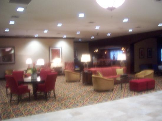 Hilton Waco: lobby
