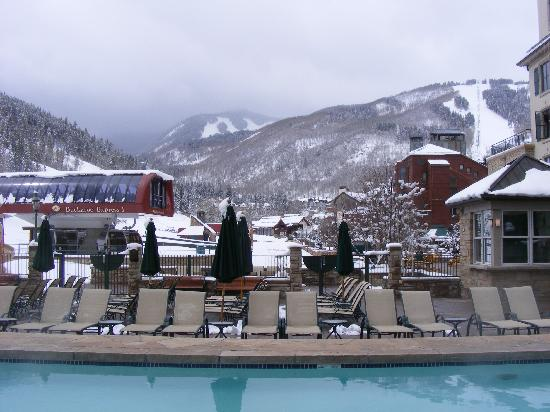 Poste Montane At Beaver Creek: Heated Pool is Great in the Snow!