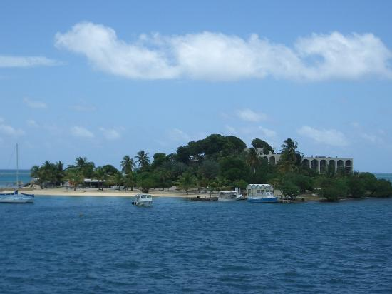 King Christian Hotel : View to Hotel on the Cay
