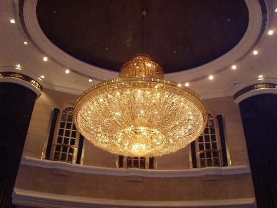 Lodge Foyer Lighting : Chandelier in the foyer picture of renaissance kuala