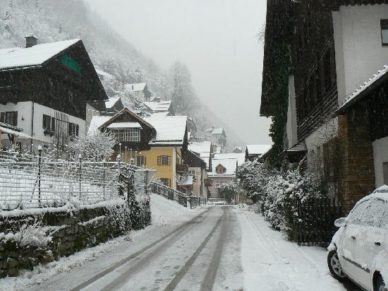 Haus Lidy: Heavy snow at the village