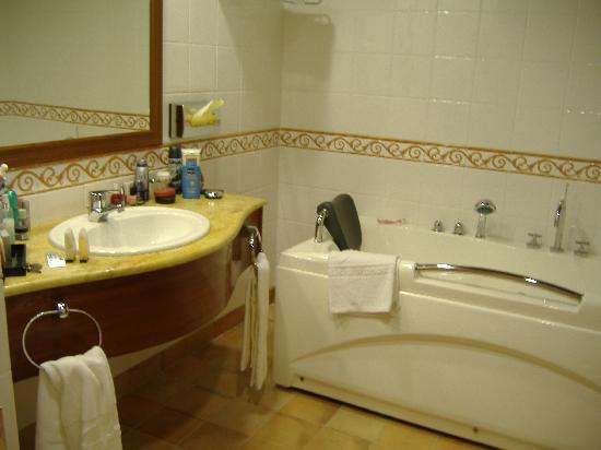 Kempinski Hotel San Lawrenz: Bathroom 2
