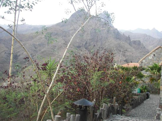 Pedracin Village: vue de la fenetre de chambre
