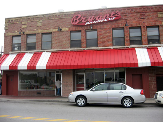 Photo of American Restaurant Arthur Bryant's Barbeque at 1702 Village West Pkwy, Kansas City, KS 66111, United States