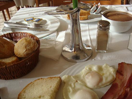 Hotel Panorama: petit déjeuné copieux