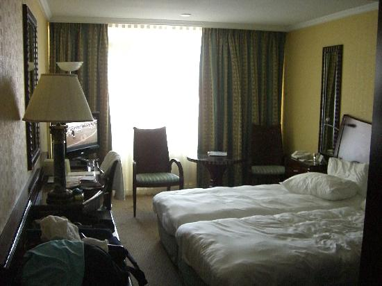 Beach Hotel Noordwijk: Zimmer