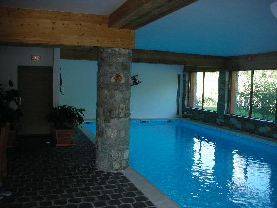 Hotel Autantic : Indoor heated pool