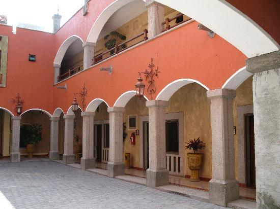El Relicario De La Patria Hotel: el patio