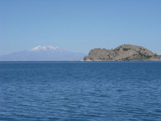 Holy Cross Church: AKDEMAR island with Nemrud Dag in the background