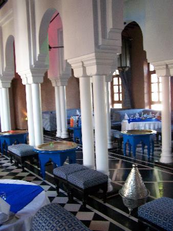 """Agador Tamlelt : le resto marocain """"la médina"""" très très bien"""