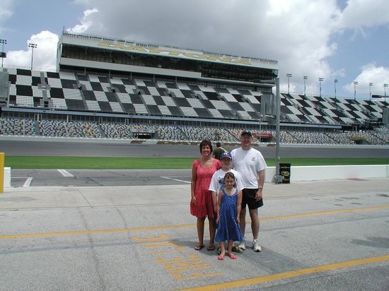 Daytona International Sdway Tour Our Family On The Race Track